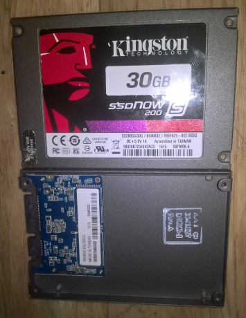 SSD Kingston 30 Gb - 2